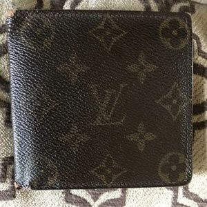 Louis Vuitton wallet brown with date code